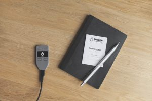 Crypto academy - Wallet back-up hero afbeelding Trezor recovery seed